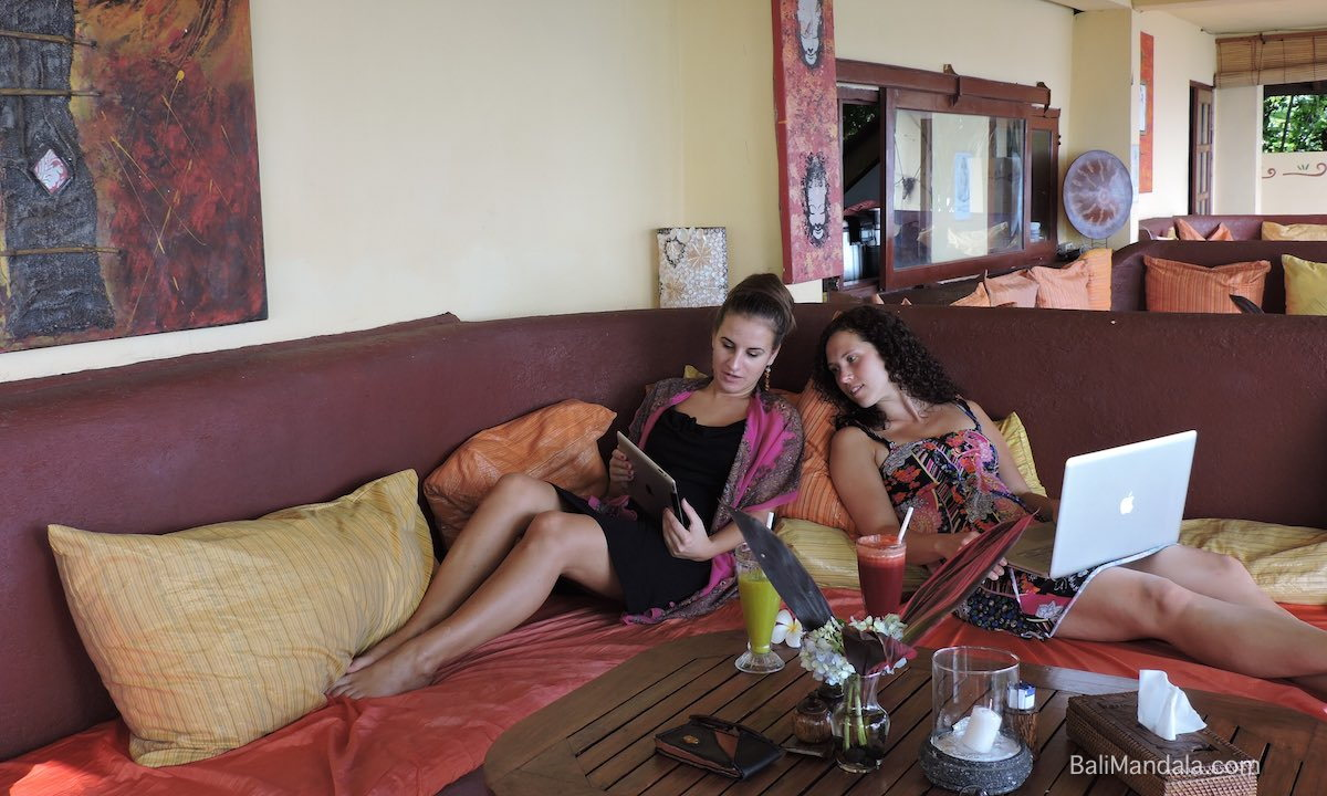 Bild Lounge WLAN Bali Mandala