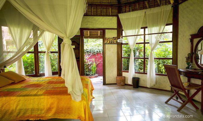 Bild Zimmer Bali Mandala