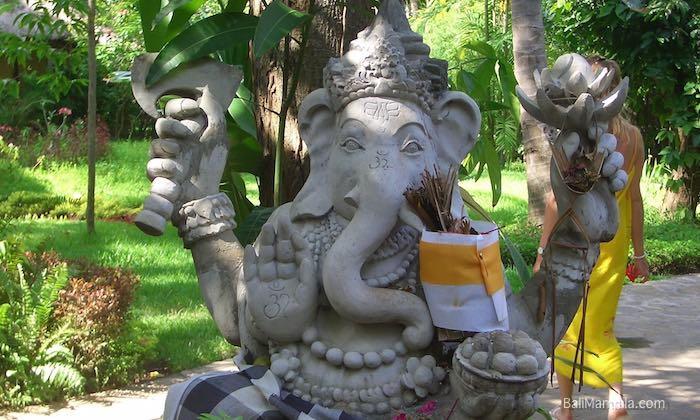 Bild Ganesha im Bali Mandala