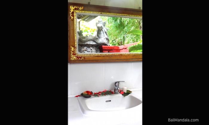 Bild Bad Bungalow Bali Mandala