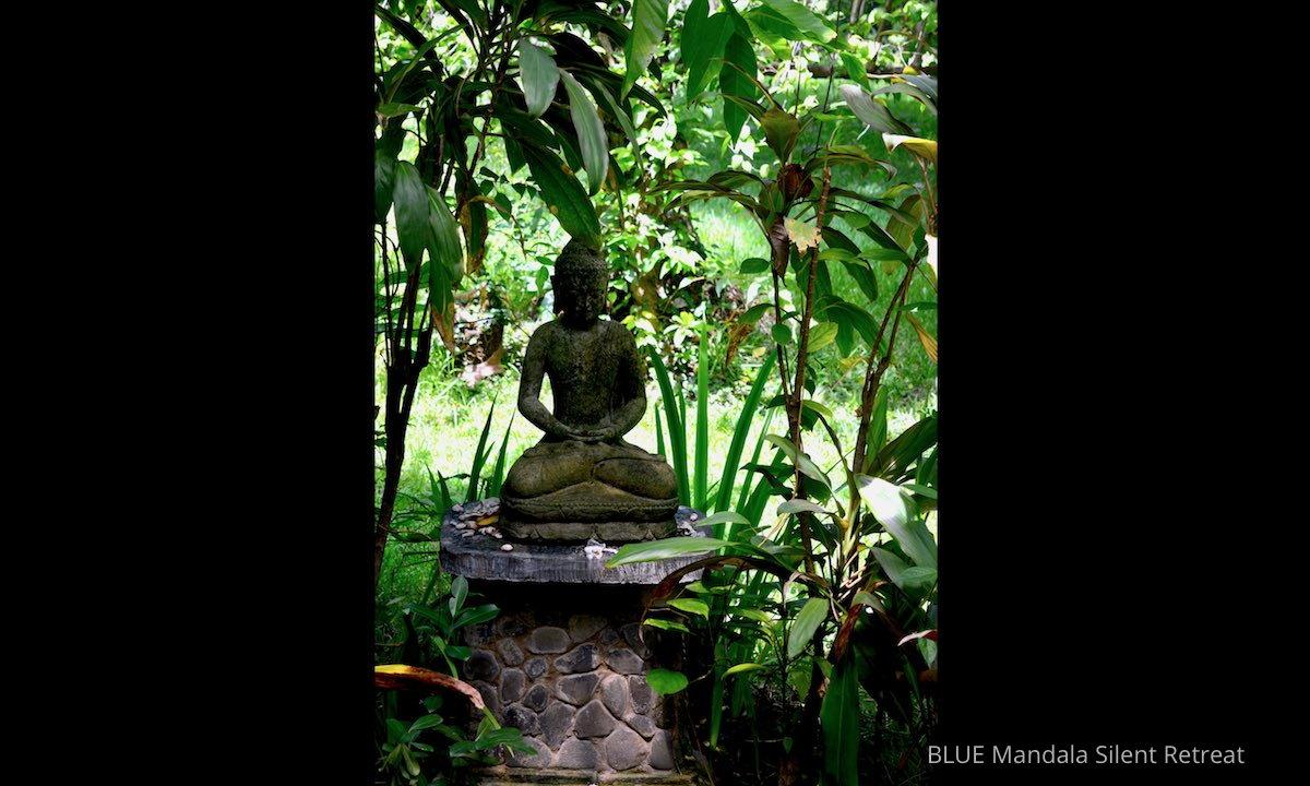 Buddha Gartenhaus Blue Mandala