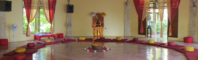 Meditationshalle Innen