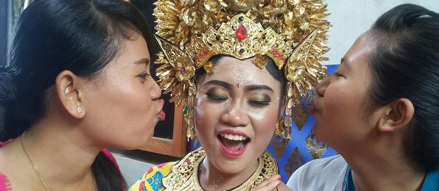 Bali Mandala News - Era, Putu und Ewik